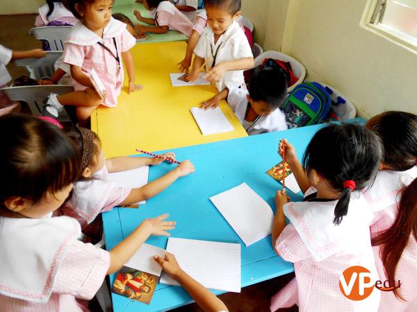 Chương trình hỗ trợ trại trẻ mồ côi thường niên của LSLC
